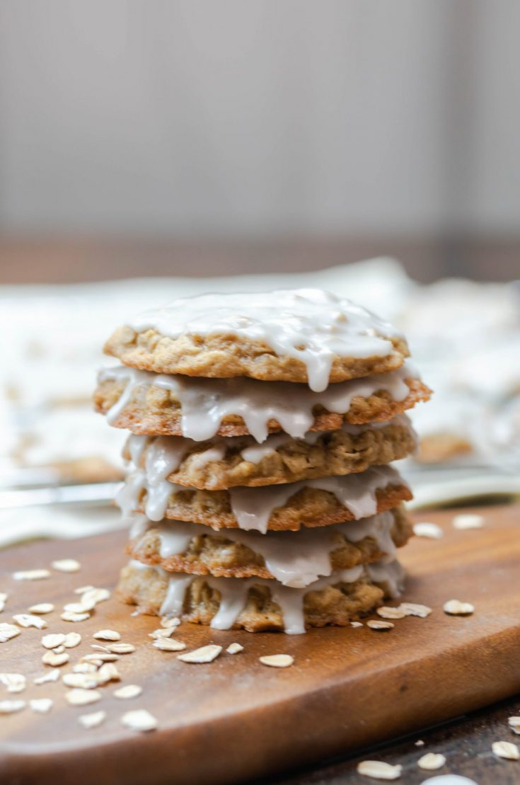 Soft & Chewy Classic Oatmeal Cookies Recipe