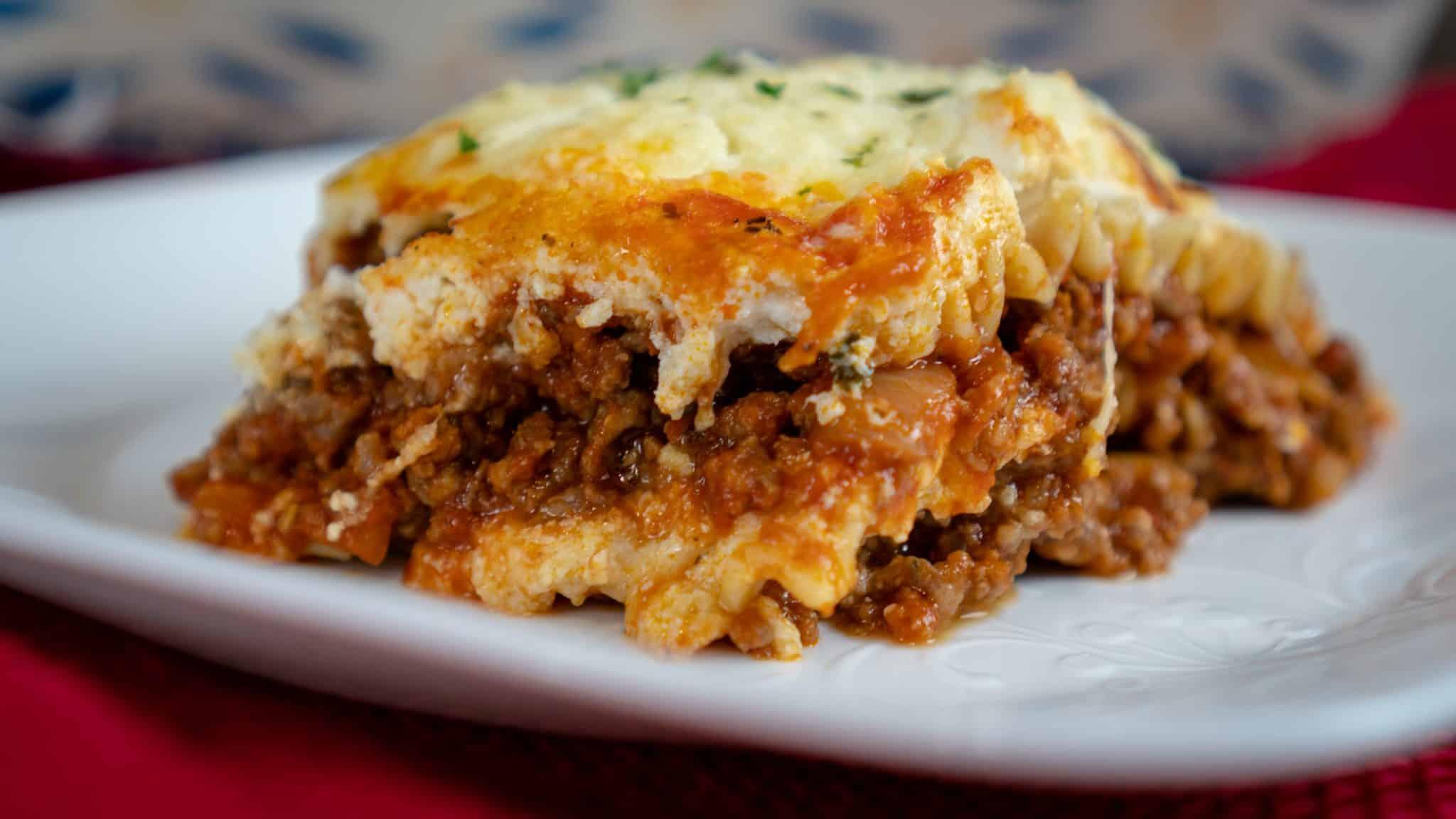homemade cheesy lasagna