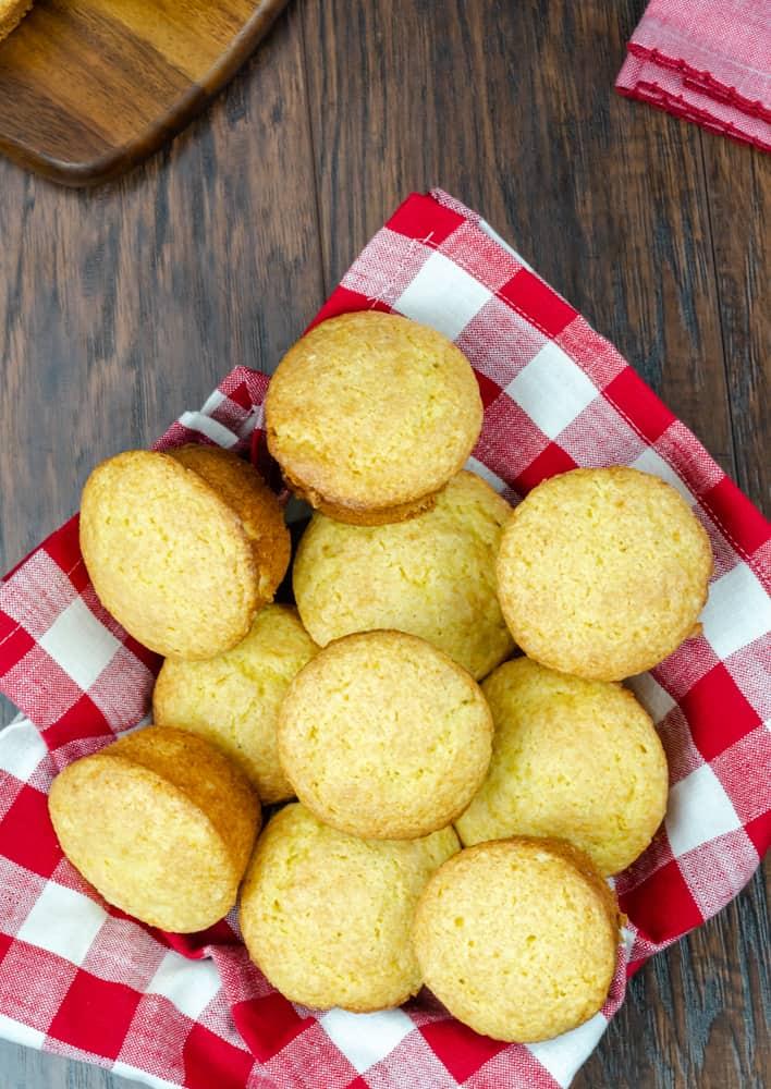Sweet Cornbread Muffins (Timberwood Grill Copycat)