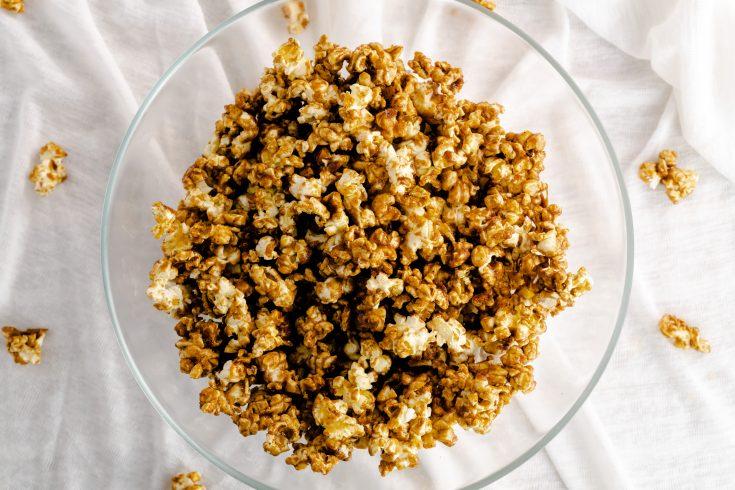 Caramel Gingerbread Popcorn