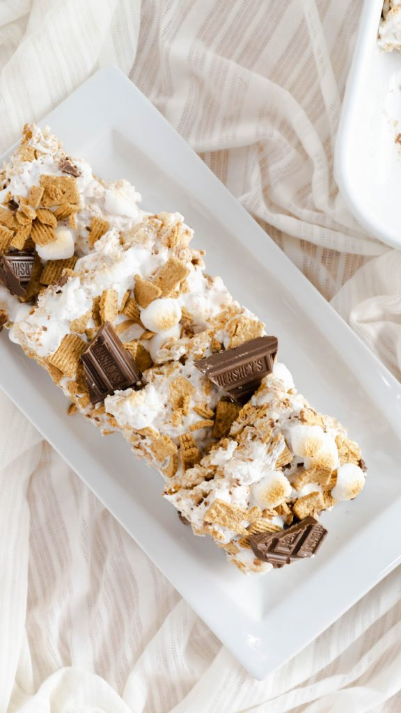 four no bake s'mores rice krispies bars