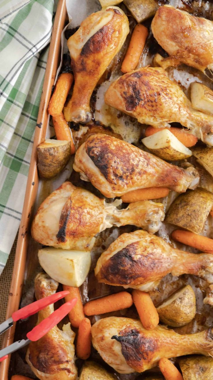 Sheet Pan Chicken Drumsticks and Vegetables